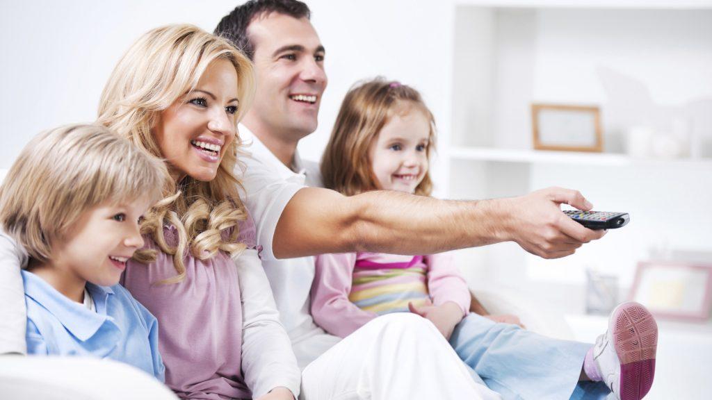 ailece-tv-1024x576 Televizyonun Çocuklar Üzerindeki Etkisi Nedir?