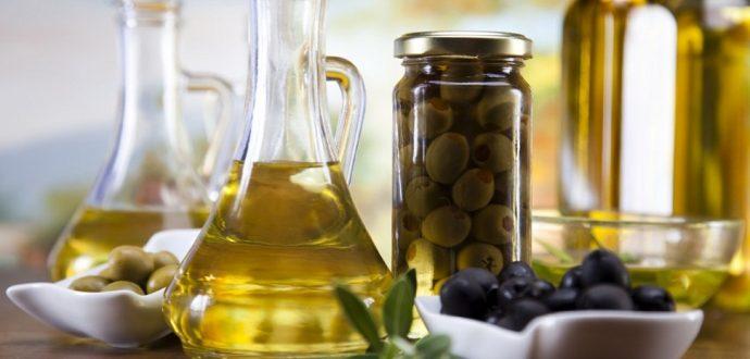 zeytinyağinin-vücüda-faydalari Zeytinyağının Sağlığımıza Faydaları Nelerdir?