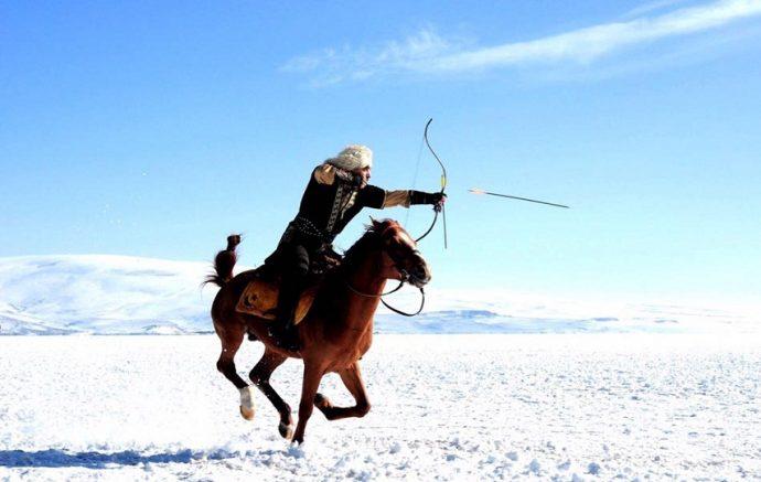 at-ustunde-avlanma Sakatlanan Atlar Neden Öldürülüyor?