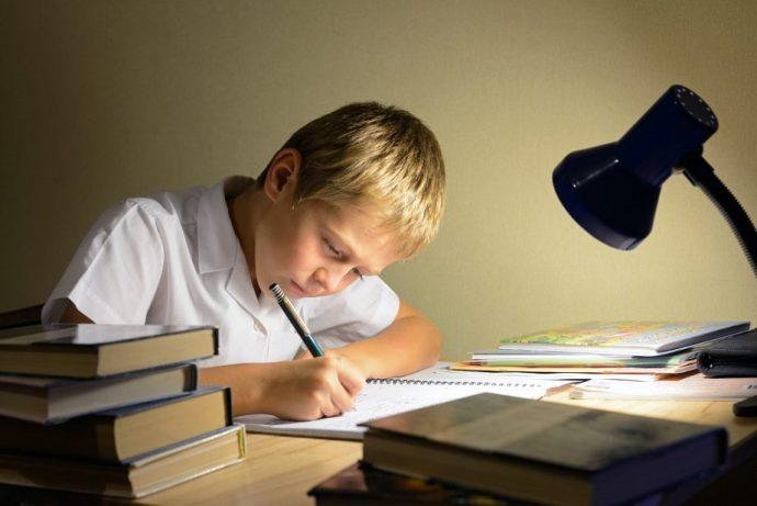 ders-calisirken-dikkat-edilmesi-gereken-10-altin-kural DERS ÇALIŞIRKEN DİKKAT EDİLMESİ GEREKEN 10 ALTIN KURAL