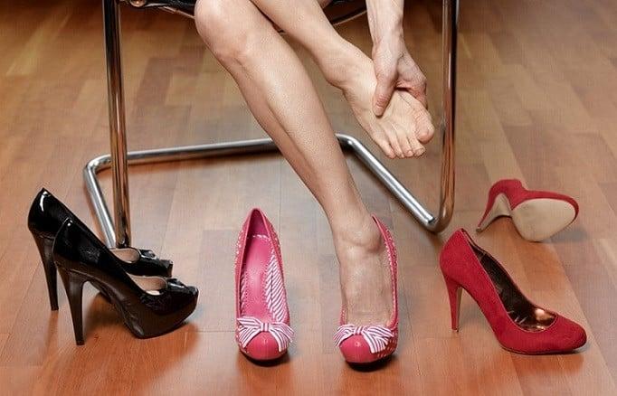 kadinlar-ayakkabi-alirken-nelere-dikkat-etmeli-5 KADINLAR AYAKKABI ALIRKEN NELERE DİKKAT ETMELİ