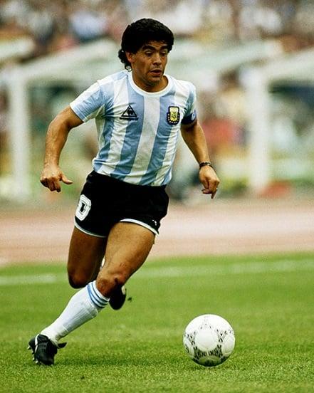 futbolun-efsanesi-maradona-1 Futbolun Efsanesi Maradona