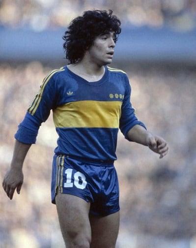 futbolun-efsanesi-maradona-2 Futbolun Efsanesi Maradona