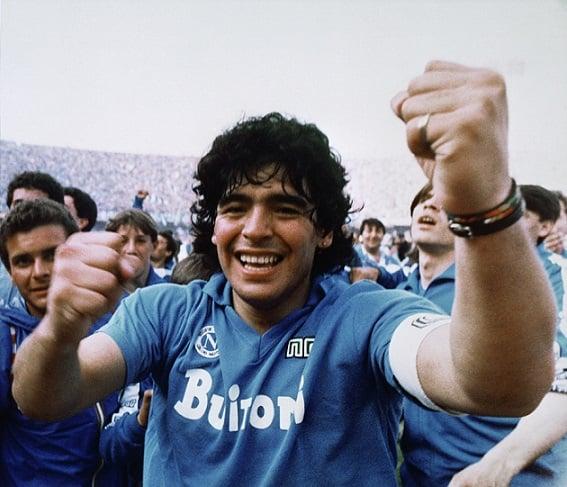 futbolun-efsanesi-maradona-3 Futbolun Efsanesi Maradona
