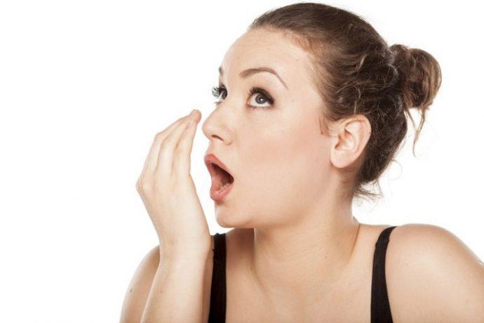 agiz-gargaralari-rahatsizligin-gizlenmesine-oluyor-1 Ağız Gargaraları Rahatsızlığın Gizlenmesine Neden Oluyor?