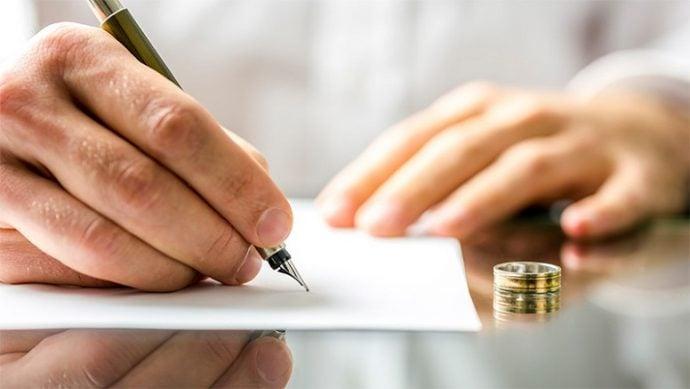 Boşanmada Maddi Ve Manevi Tazminat Nedir?