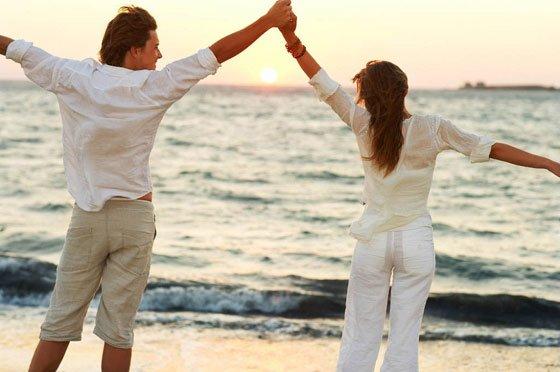 aslııı2 Mutluluk İçerisinde Bir Aşk Yaşamanın Sırları Nelerdir?