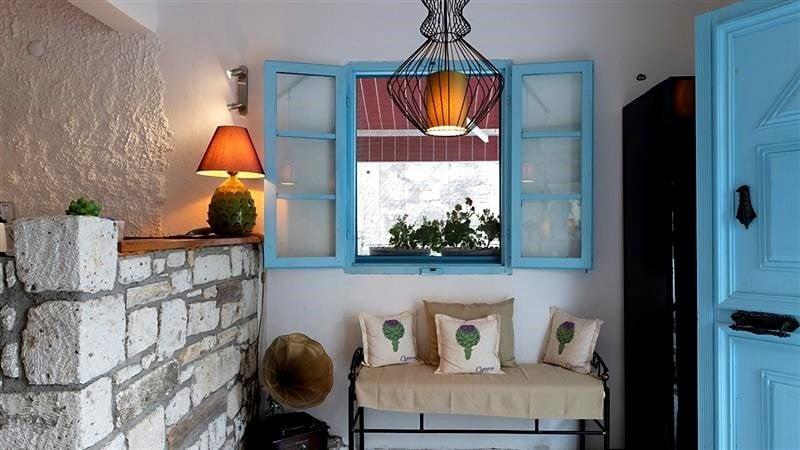 cynara-hotel-alacati-f8b6bc45 Suların Mavi Aynası: Akdeniz Stili Dekorasyon