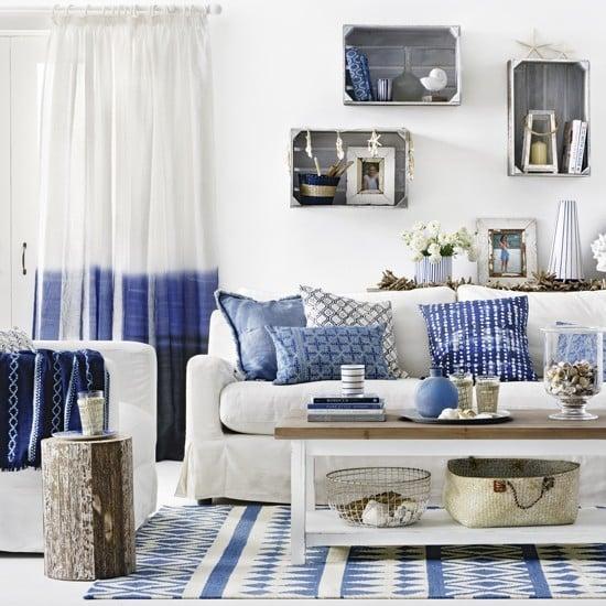living-room Suların Mavi Aynası: Akdeniz Stili Dekorasyon